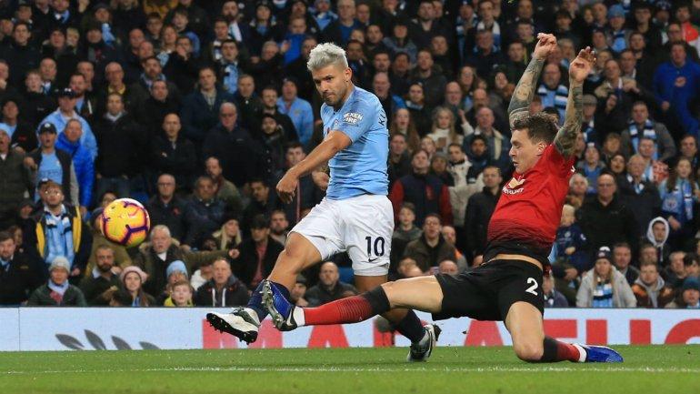 sergio-aguero-manchester-city-vs-manchester-united-premier-league-2018-19_1xqhavorskfm11mak86dogqxyw